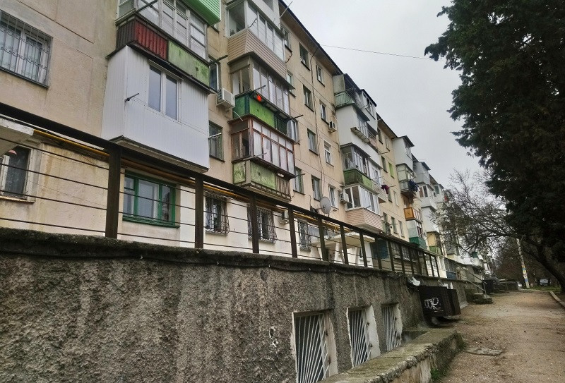 ForPost - Новости : Лжесын и пособник из Севреестра отжали у Севастополя квартиру умершей старушки