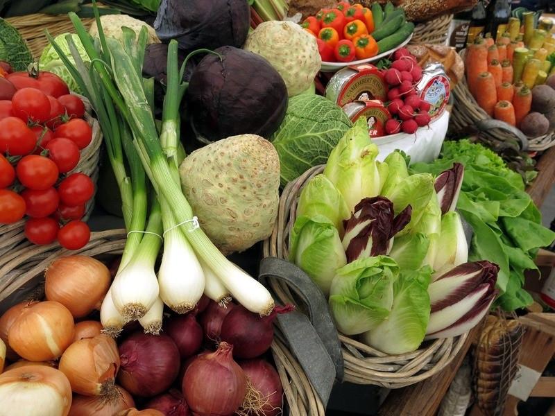 ForPost - Новости : Овощи и фрукты в супермаркетах России стали лучше, но потребители не верят