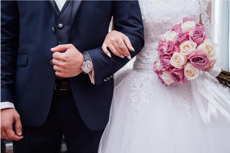 ForPost - Новости : Россияне считают Севастополь подходящим местом для свадьбы