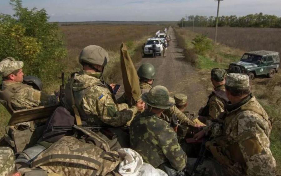 Боевые офицеры ВСУ бегут из Донбасса: Ни денег не надо, ни славы.