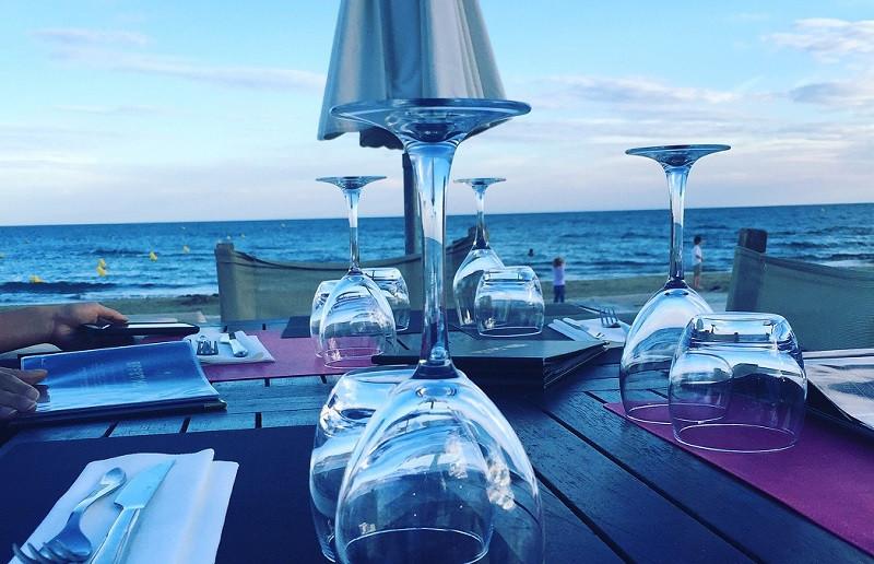 ForPost - Новости : Крымские рестораны незаконно вышли в море