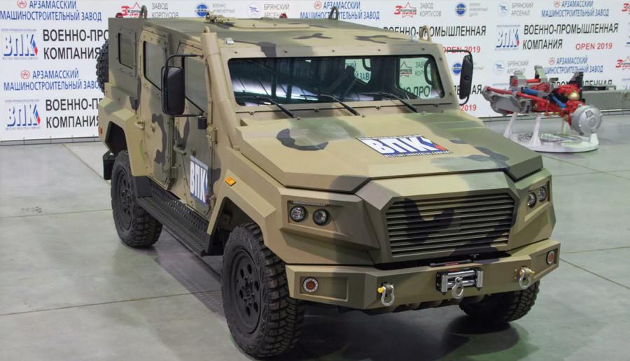 В России создадут собственный Land Сruiser