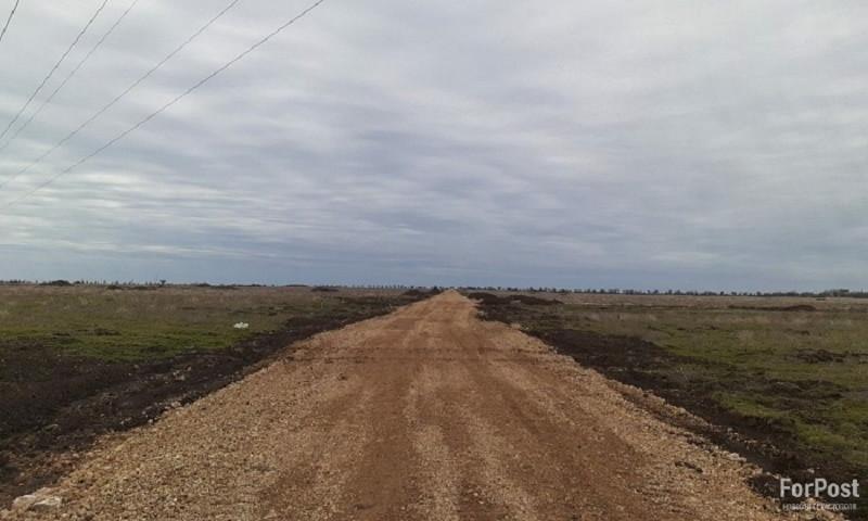 ForPost - Новости : Сестра Поклонской строит проспект Крымской весны в открытом поле