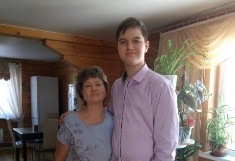 ForPost - Новости : Самым высоким мальчиком в России стал семиклассник из Сибири