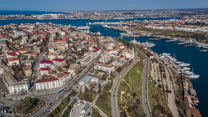 ForPost - Новости : Севсети#1188: Севастополь под крылом, ловкий воришка и ликвидация ямочности