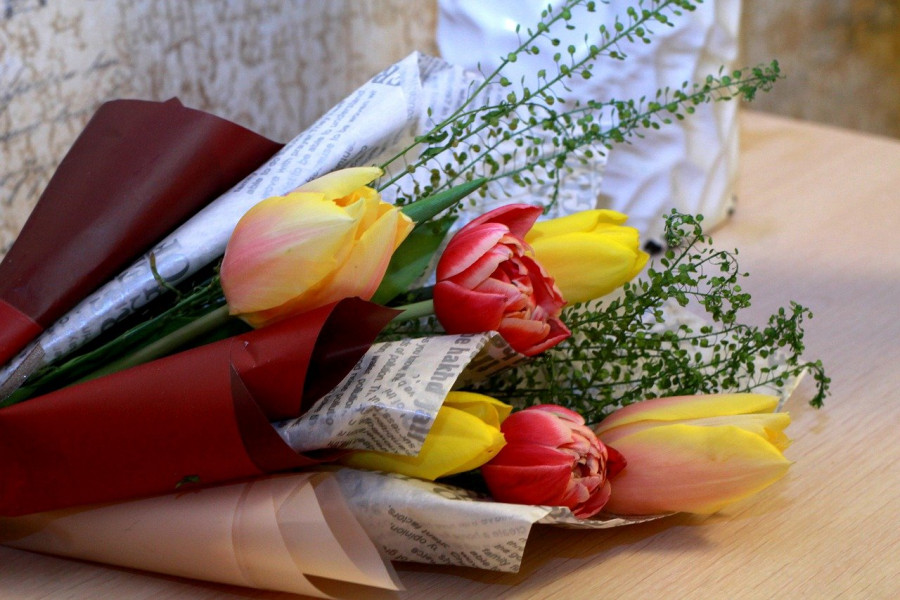 ForPost - Новости : Полсотни жительниц Севастополя наградили в канун 8 марта