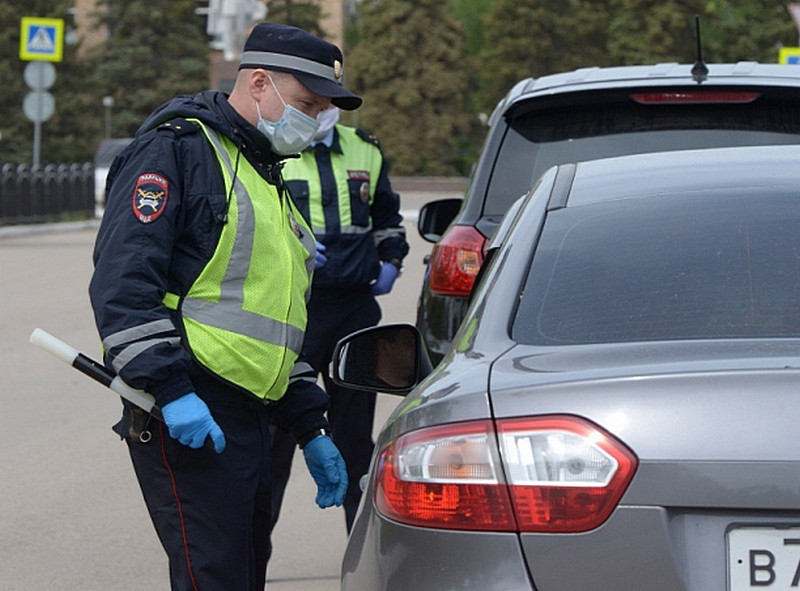 ForPost - Новости : Полицейские в Крыму спасли водителя с инсультом