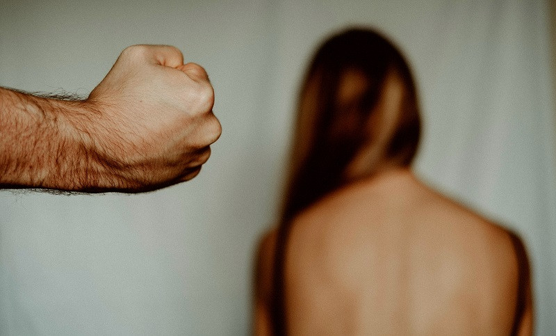 ForPost - Новости : Севастополец искалечил беременную жену и спровоцировал преждевременные роды