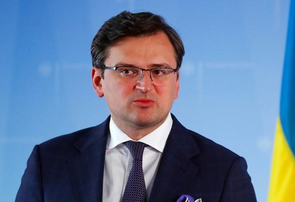 ForPost - Новости : Кулеба призвал Россию «предоставить полный доступ в Крым»