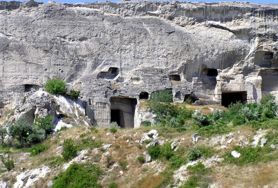 ForPost - Новости : В Севастополе пробьют тоннели сквозь пещерные монастыри Загайтанской скалы