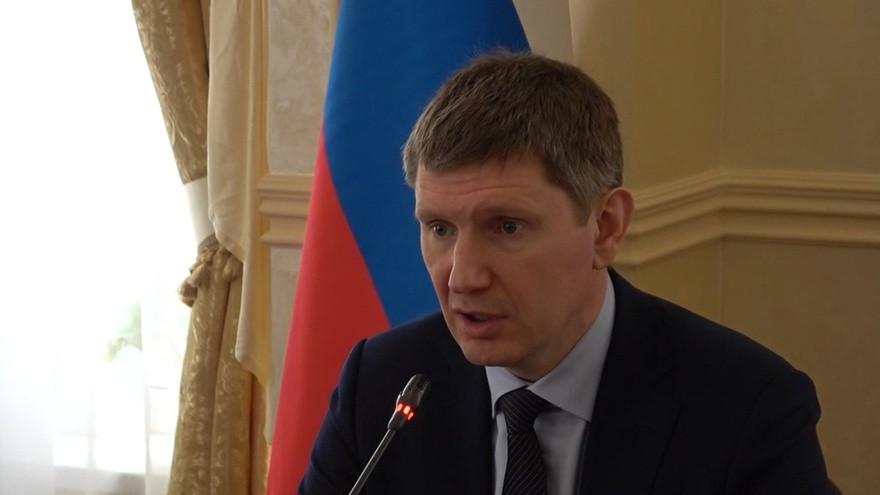 ForPost - Новости : Министр экономики: Севастополь и Крым должны больше полагаться на самих себя