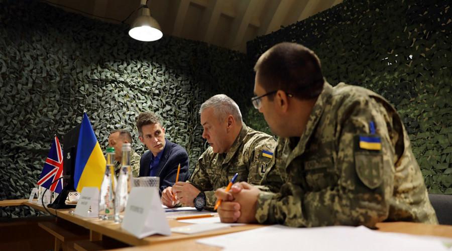 ForPost - Новости : Британия будет укреплять армию Украины против «исходящих от России угроз»