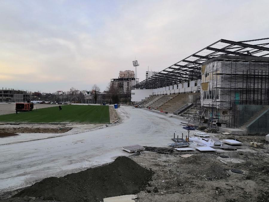 ForPost - Новости : Стадион 200-летия Севастополя откроют этим летом