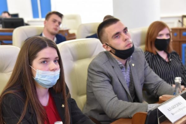 ForPost - Новости : Жителей Севастополя тихо зовут во внутреннюю политику