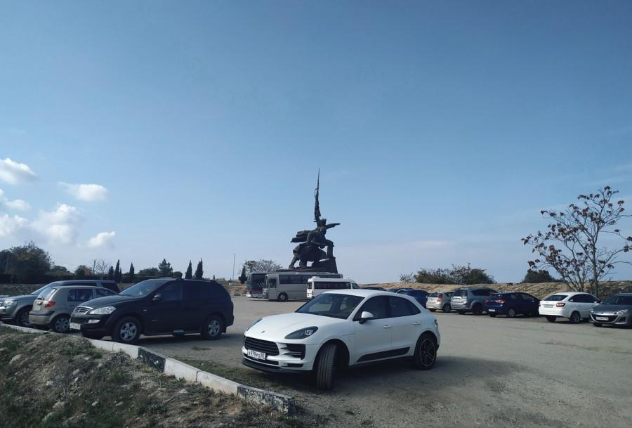 ForPost - Новости : Пешеходы или машины: какая судьба ждёт улицу Капитанскую в центре Севастополя