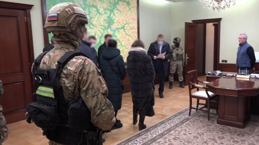 ForPost - Новости : Дело пензенского губернатора обрастает новыми «откатами»