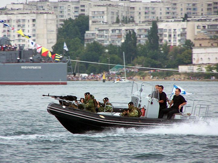 ForPost - Новости : Старшина осуждён за превышение скорости в Севастопольской бухте