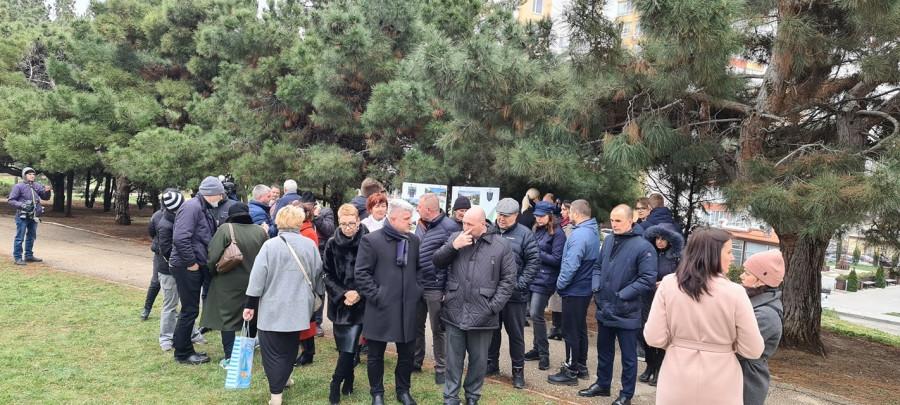 ForPost - Новости : Севастопольцам показали проект благоустройства сквера на проспекте Гагарина