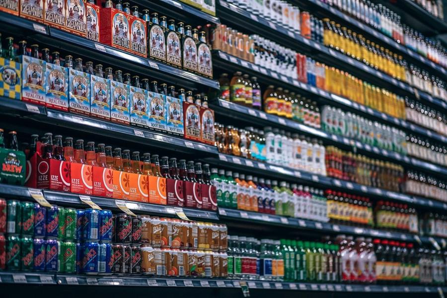 ForPost - Новости : Алкоголь и сигареты хотят запретить к продаже покупателям с детьми