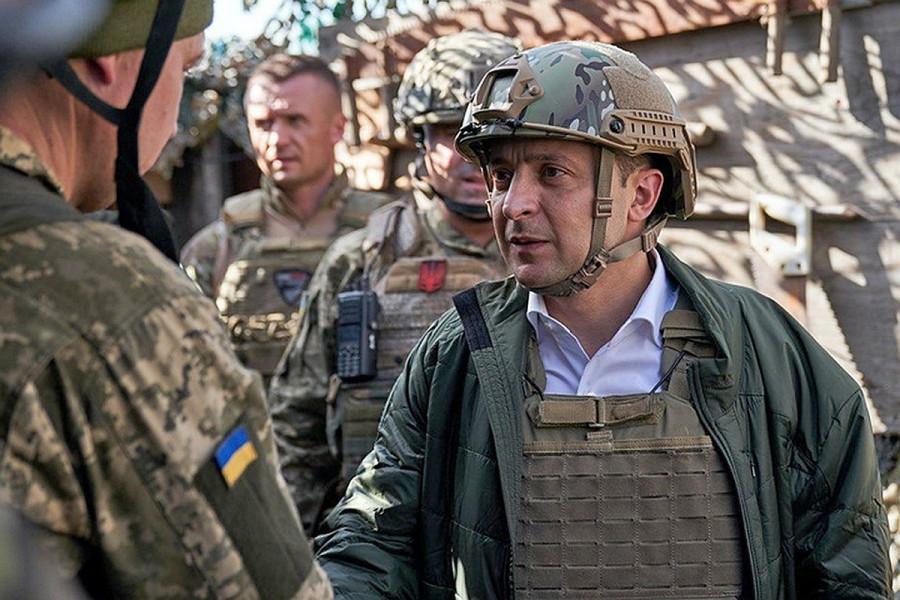 Зеленский обозначил стратегию подготовки к всеобщей партизанской борьбе