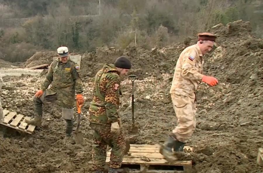 ForPost - Новости : При строительстве водозабора под Севастополем нашли погибших красноармейцев