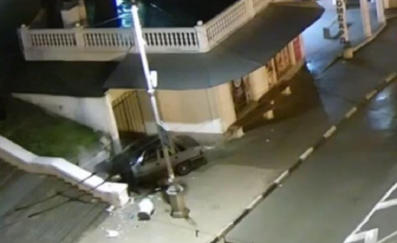 ForPost - Новости : Появилось видео ночного происшествия у Малахова кургана