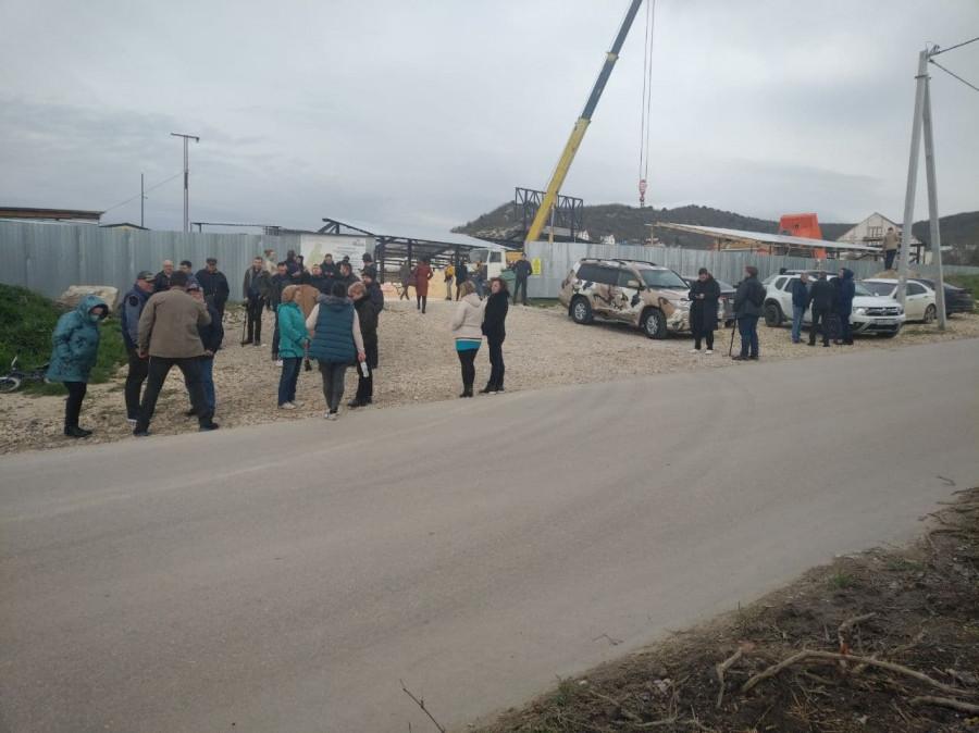ForPost - Новости : Развожаев обсудил с жителями Инкермана перспективы железной дороги