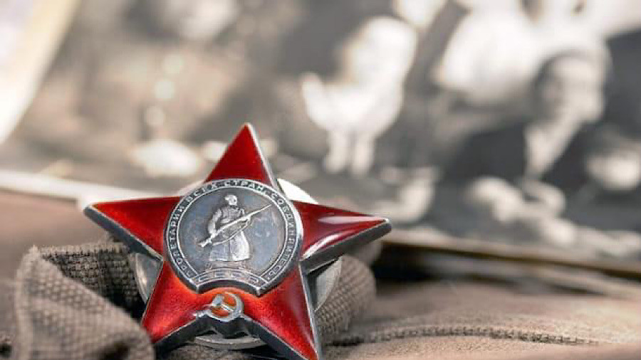 ForPost - Новости : СевСети #1211. Самая массовая награда и проамериканский центр в Севастополе