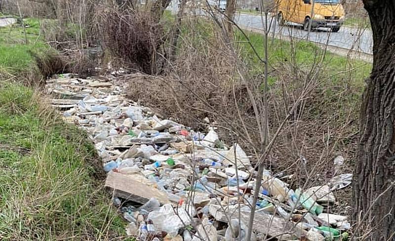 ForPost - Новости : По безводному Крыму потекли мусорные реки