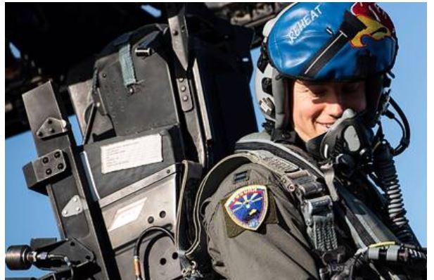 ForPost - Новости : Истребители США использовали российский флаг во время учений