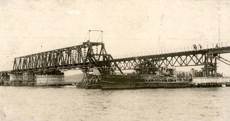 ForPost - Новости : Свая первого крымского моста помогла определить старинное захоронение