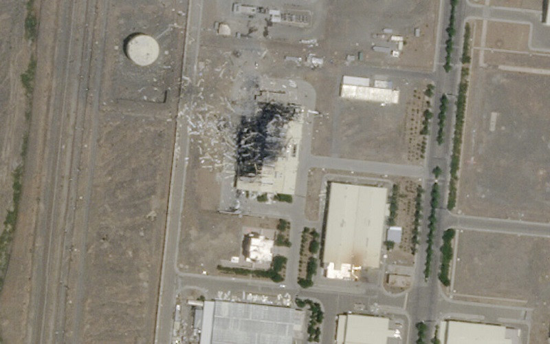 ForPost - Новости : Израиль обвинили в организации взрыва на ядерном объекте в Иране