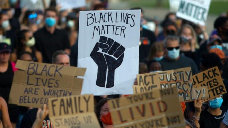 ForPost - Новости : Американцы провалили митинги в защиту жизней белых людей