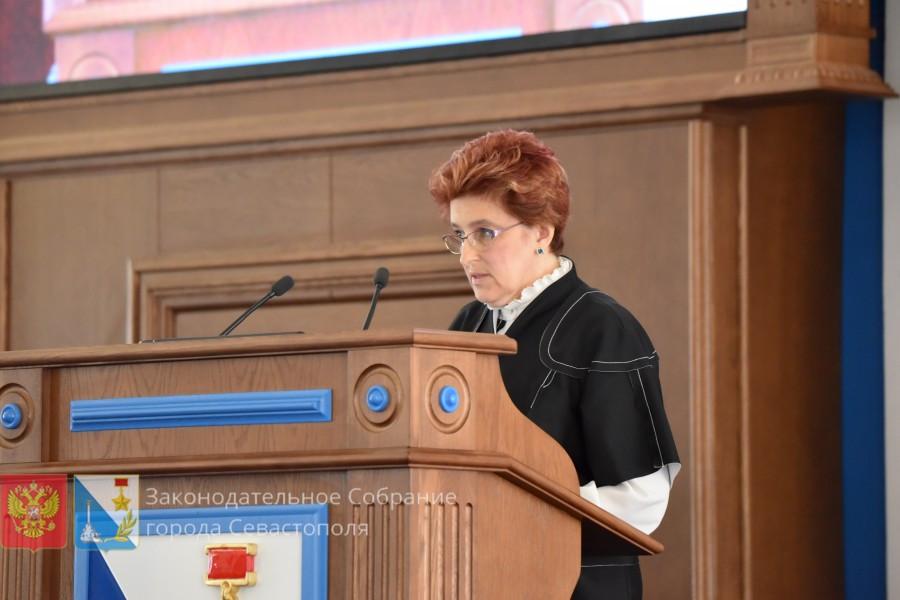 ForPost - Новости : Глава образования Севастополя отчиталась перед депутатами
