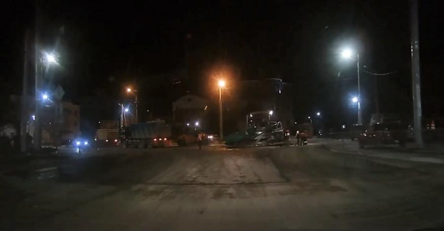 ForPost - Новости : «Мы не смогли». Ремонт дороги на улице Толстого в Севастополе никак не завершится