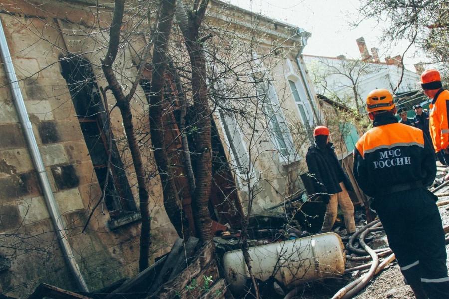 ForPost - Новости : Севастопольские пожарные уберегли дом от взрыва