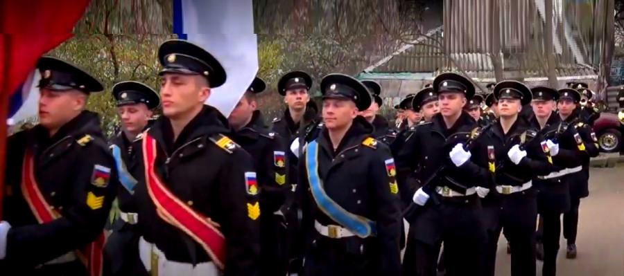 ForPost - Новости : В Севастополе прошёл парад Победы