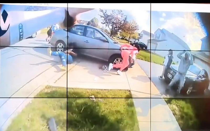 ForPost - Новости : Полицейский в США застрелил вызвавшую его 16-летнюю афроамериканку