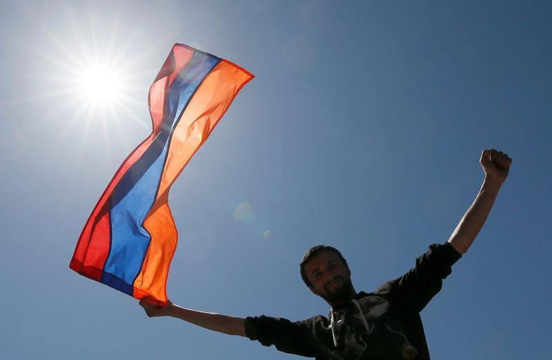 ForPost - Новости : Голосование безысходности: Армения перед выбором