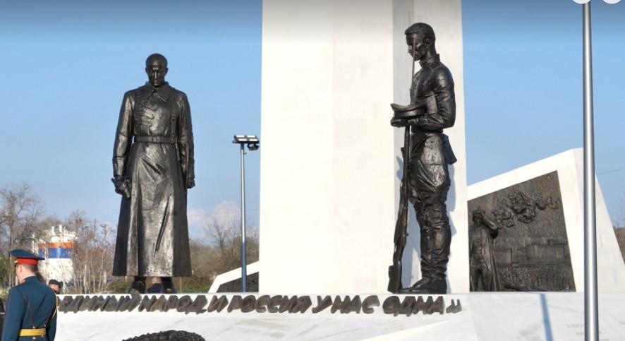 ForPost - Новости : Где свой, где чужой: в Севастополе открыли памятник жертвам Гражданской войны