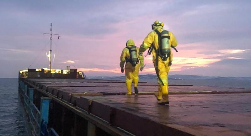 ForPost - Новости : Аварийный сухогруз с опасным грузом покидает Керченский пролив
