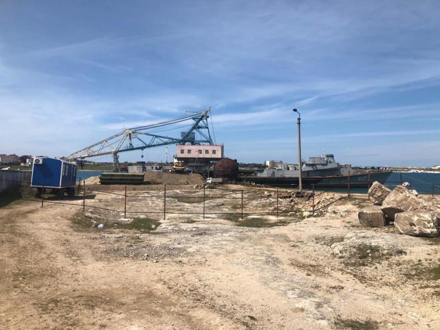 ForPost - Новости : В распиле кораблей в Казачьей бухте Севастополя нашли нарушения
