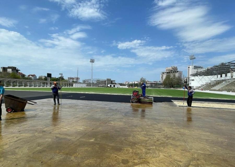 ForPost - Новости : На стадионе 200-летия Севастополя летом откроют беговые дорожки