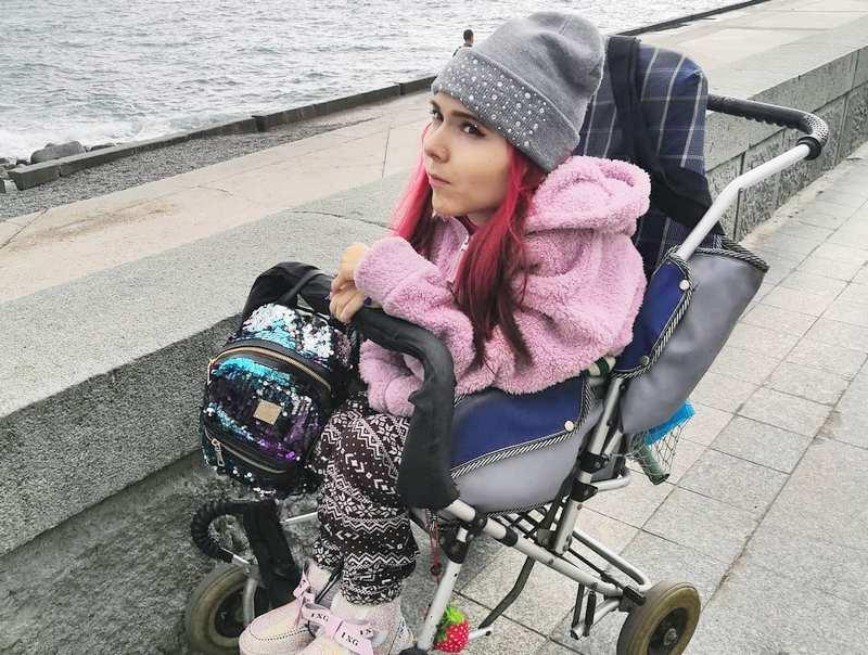 ForPost - Новости : Крымчанка со смертельным диагнозом через суд выбивает спасительное лекарство