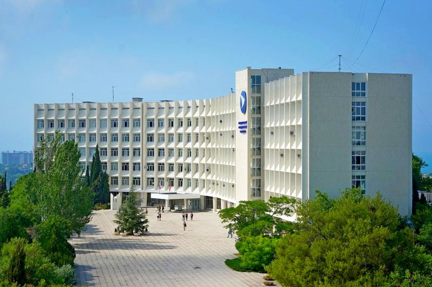 ForPost - Новости : Севастопольский университет сравнили с Гарвардом и Оксфордом