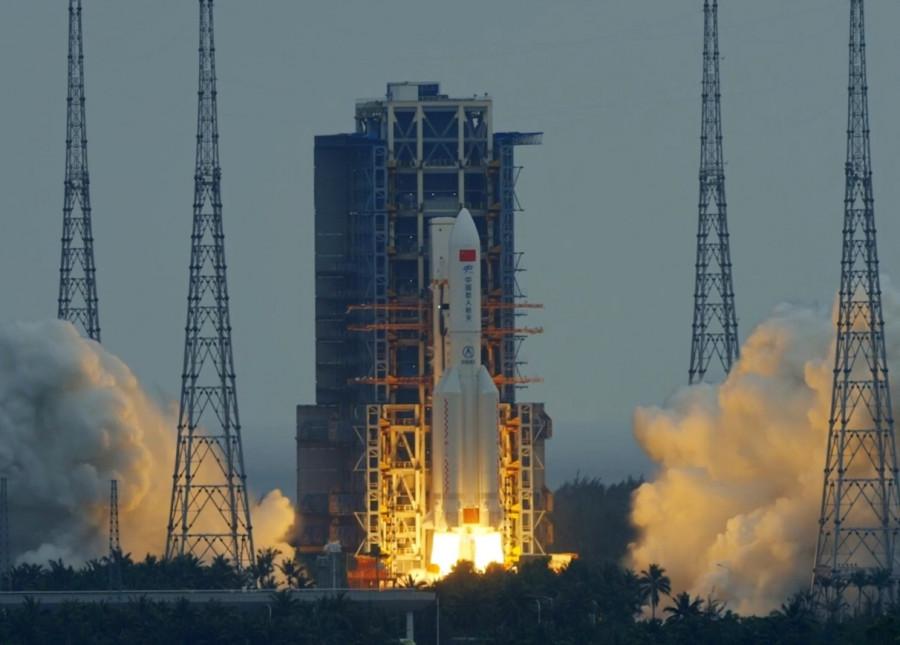 ForPost - Новости : Неуправляемая ракета падает на Землю, под угрозой может оказаться Нью-Йорк