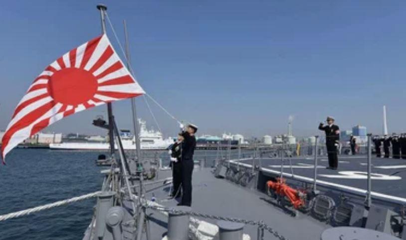 ForPost - Новости : Япония обнаружила в Цусимском проливе четыре боевых корабля ВМФ России