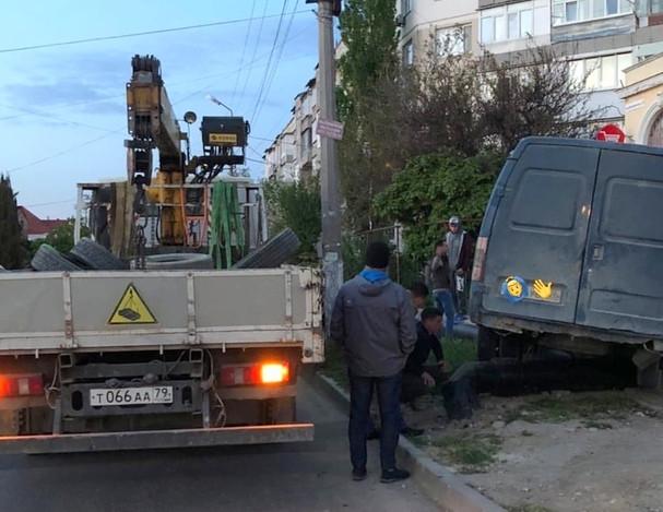 ForPost - Новости : Дорожные знаки не спасают на «чертовых перекрестках» Севастополя