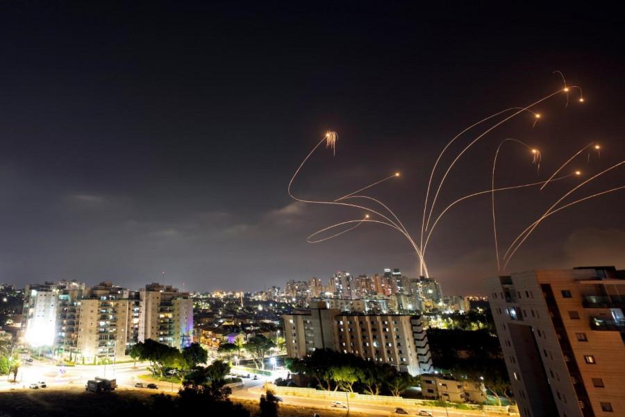 ForPost - Новости : Израиль нанёс ответный удар после ракетного обстрела из сектора Газа
