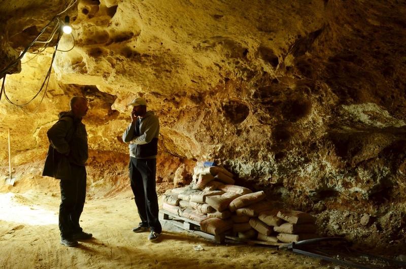 ForPost - Новости : Уникальная прогулка внутри крымской пещеры Таврида с одним из первооткрывателей